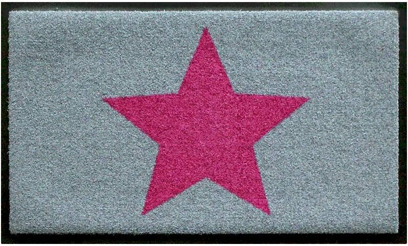 Fußmatte mit pinkfarbigem Stern auf hellgrauem Grund